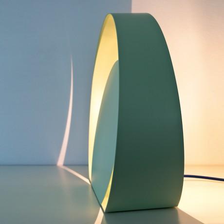 Lampada da tavolo in metallo laccato Chiocciola Big - table lamp made of metal Chiocciola Big