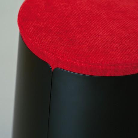 Tavolino con ruote BOBINO POUF e pouf in ciniglia rosso